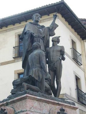 MONUMENTO A URDANETA EN VILLAFRANCA DE ORDICIA